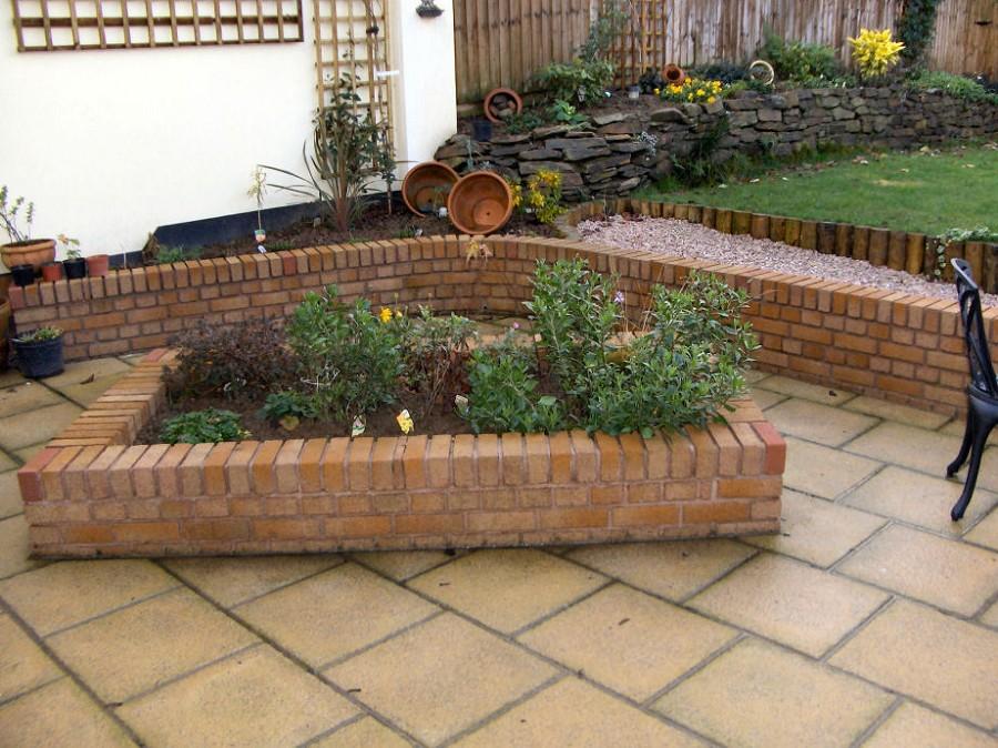 Natural Brick Raised Flower Bed Fresh Ornamental Plants Earthen Pots
