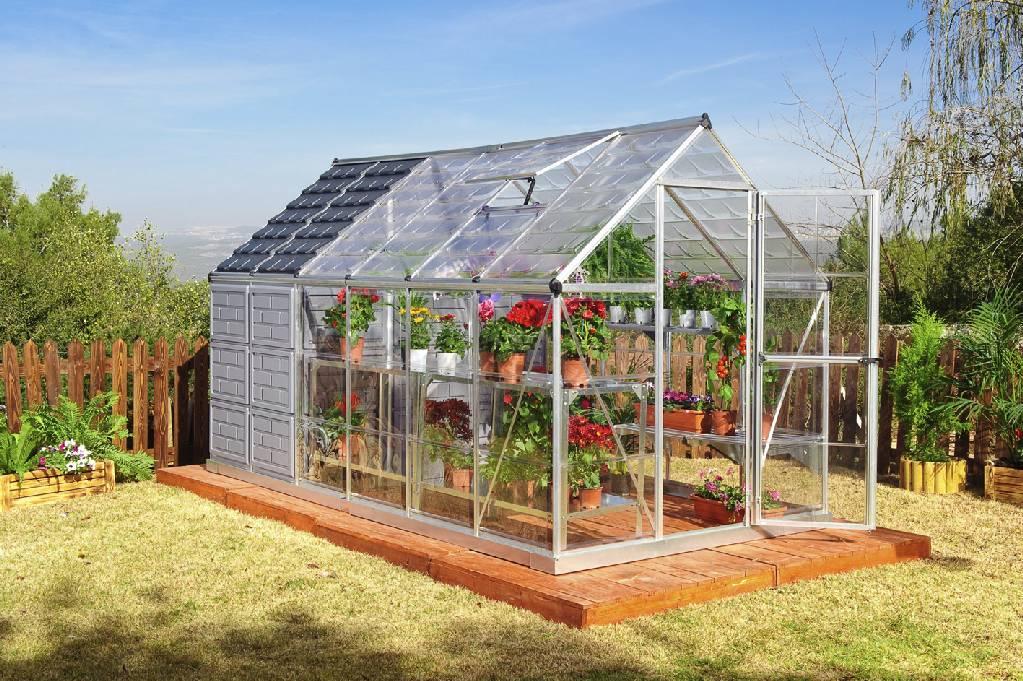 Backyard Greenhouse Gardening