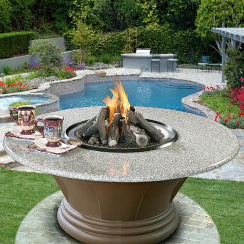 Contemporary Backyard Fire Pit