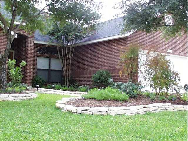 Stone Borders For Flower Beds Ideas