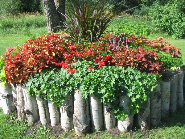 Flower Bed Edging Ideas Material