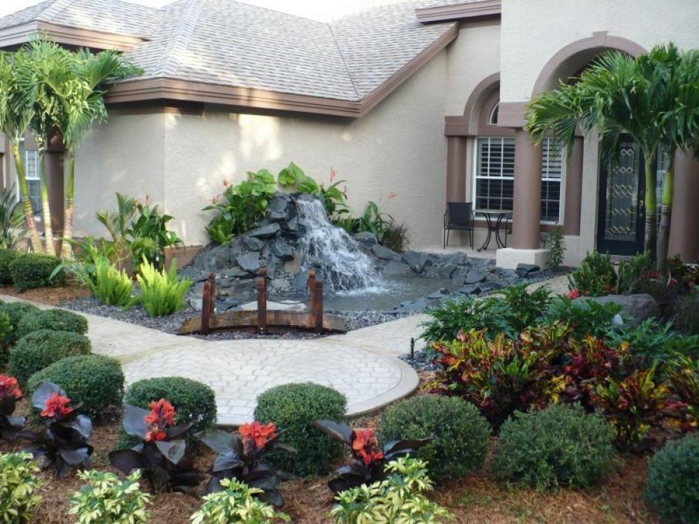 Amazing Landscape Ideas For Front Yard With Flower