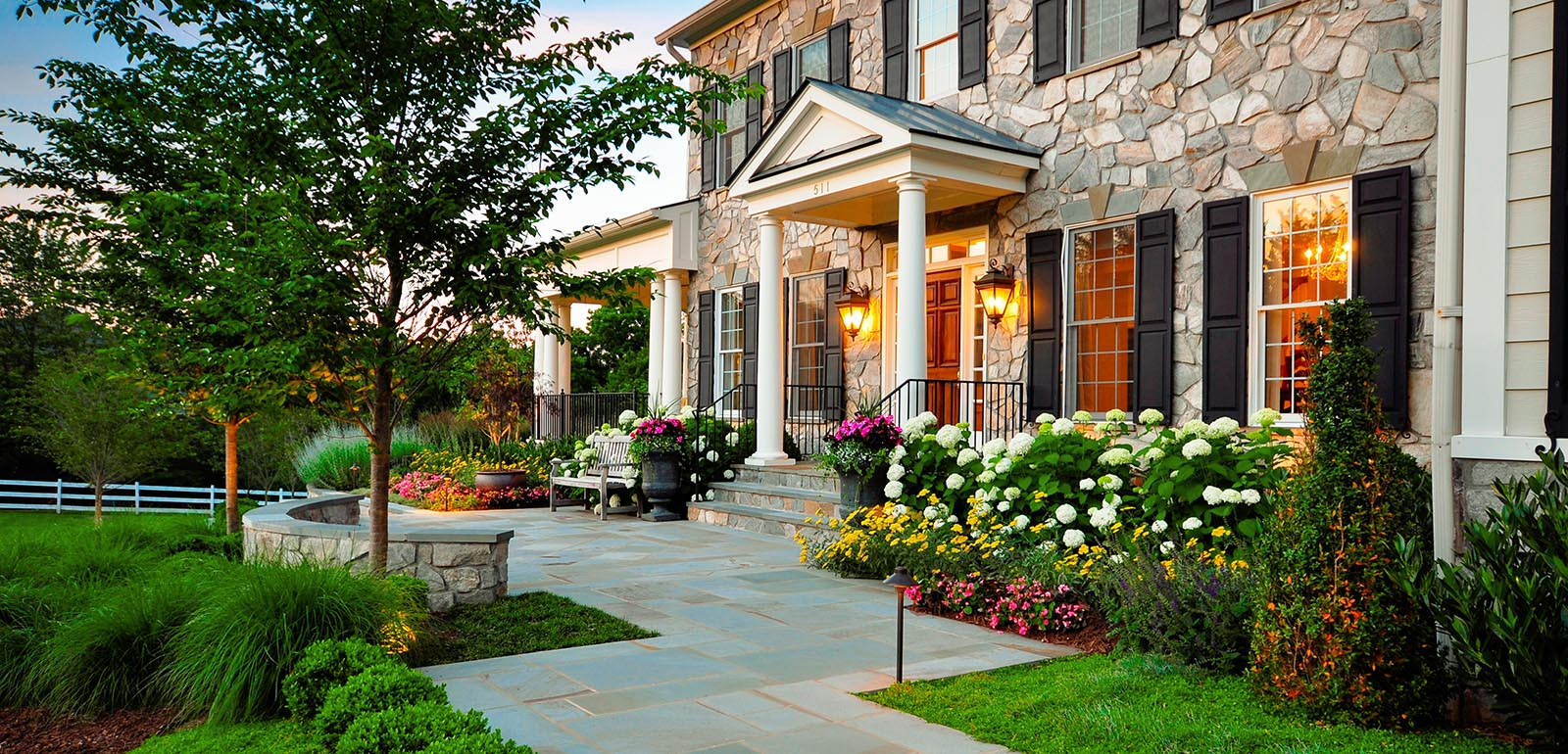 Modern Landscape Ideas For Front Yard With Flower