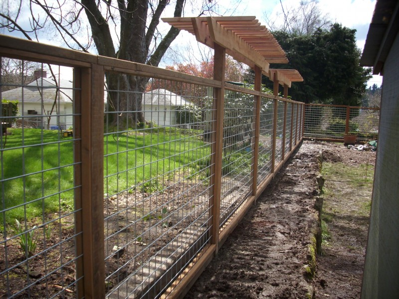 The Wire Fence Panels