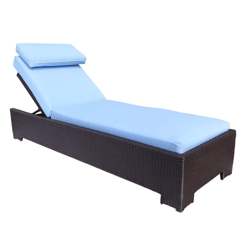 Comfortable Pool Chaise Lounge