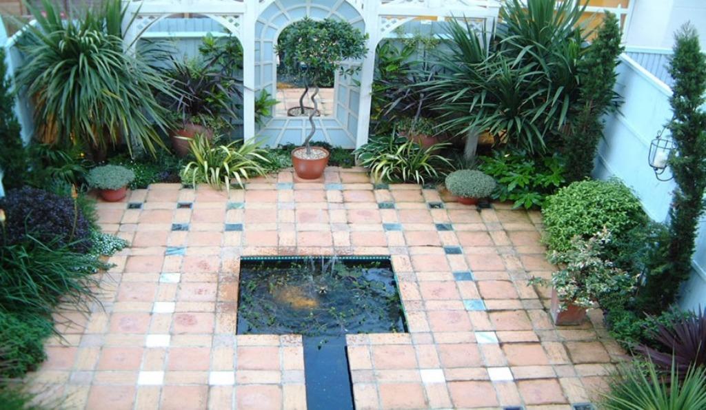 Minimalist Small Courtyard Landscaping Ideas Rickyhil Outdoor