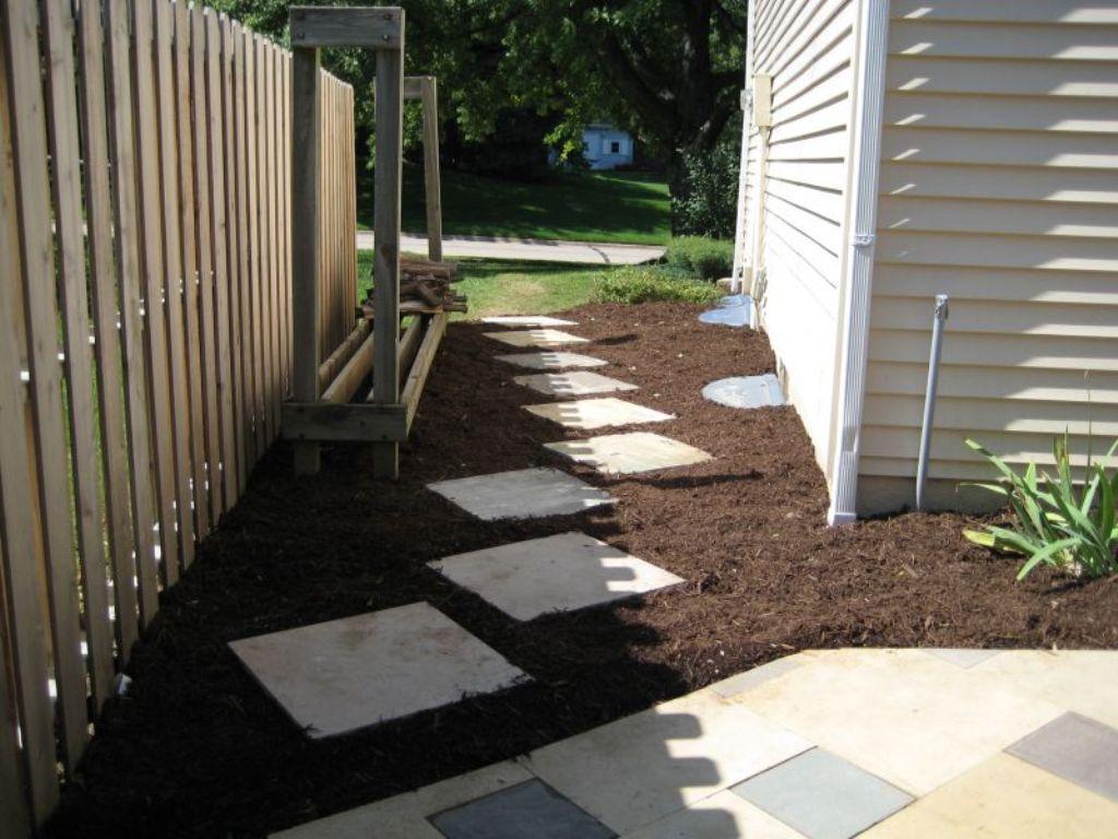 Narrow Side Yard Landscaping Ideas Rickyhil Outdoor Ideas