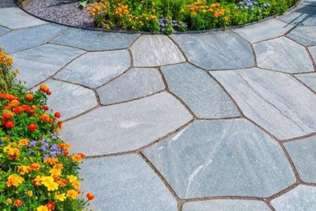Outdoor Slate Tile Idea
