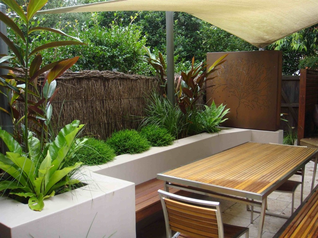Small Courtyard Landscaping Ideas For Modern Design