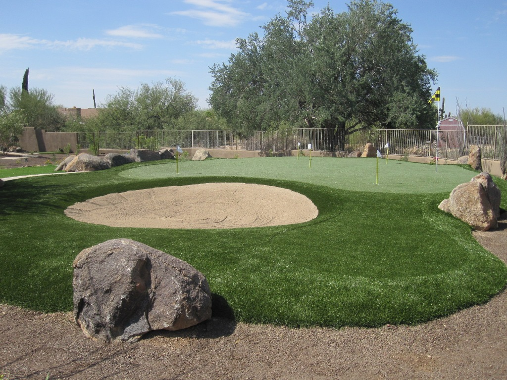 DIY Backyard Putting Greens — Rickyhil Outdoor Ideas on Putting Green Ideas For Backyard id=65921