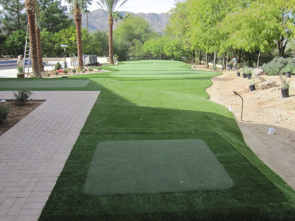 DIY Backyard Putting Greens — Rickyhil Outdoor Ideas on Putting Green Ideas For Backyard id=26297