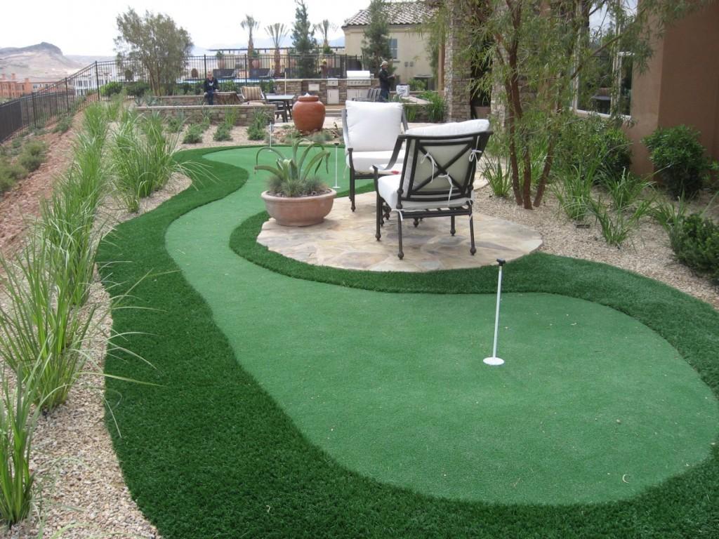 Backyard Putting Greens : Rickyhil Outdoor Ideas - DIY ... on Putting Green Ideas For Backyard id=54121