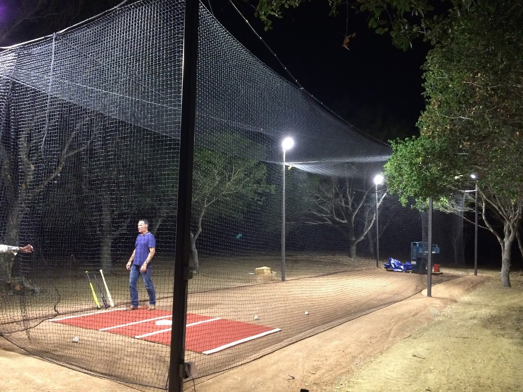 Backyard Batting Cages And Pitching Machine — Rickyhil ...