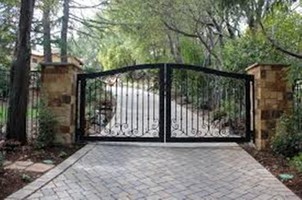 Aluminum And Wrought Iron Driveway Gate