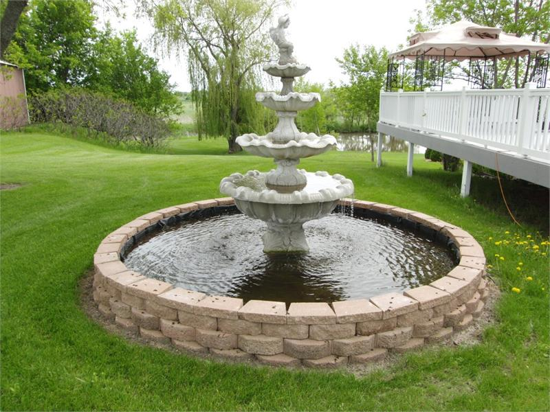 Simple Large Outdoor Water Fountains : Rickyhil Outdoor ...