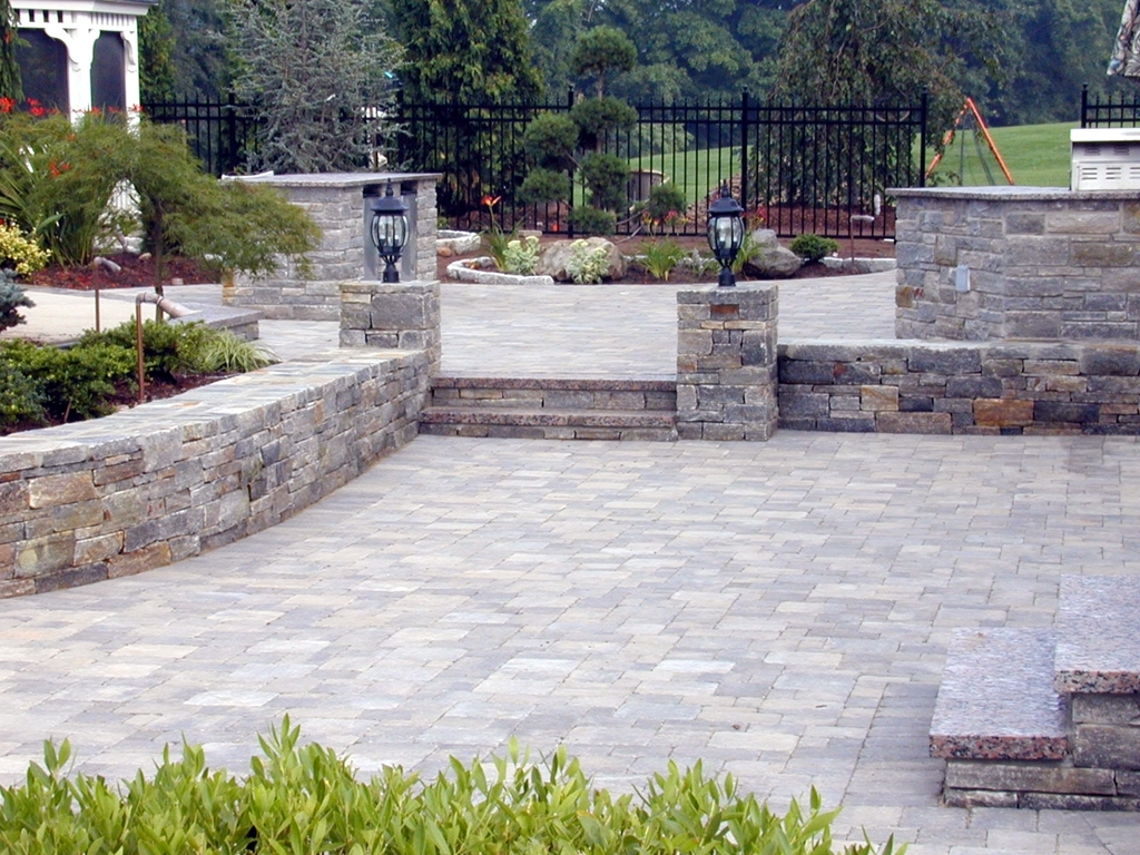 Patio Stones And Paver Choices So Many Options Quinju