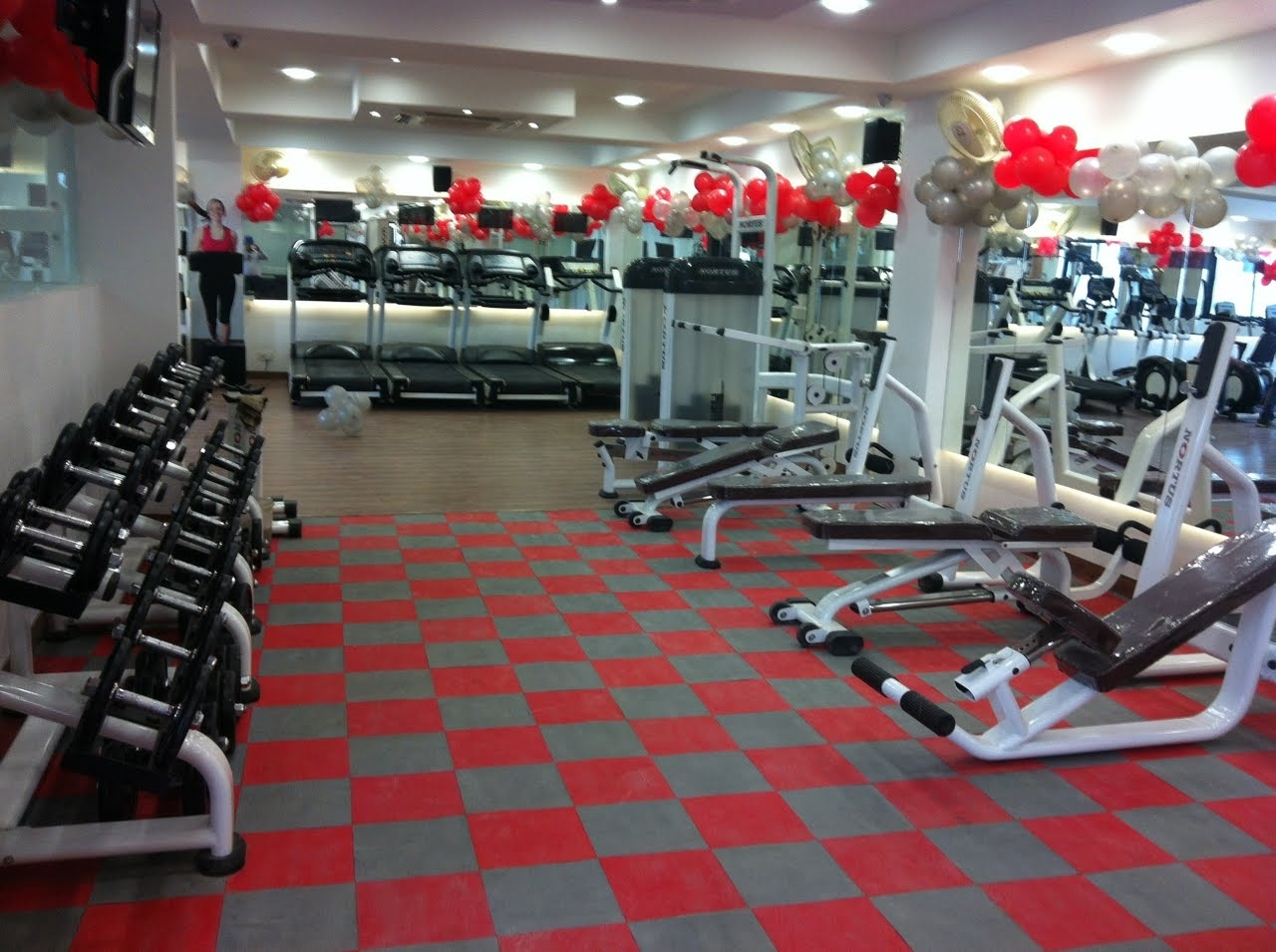 Flooring Ideas Red And Grey Rubber Flooring For Gym Smart Homes
