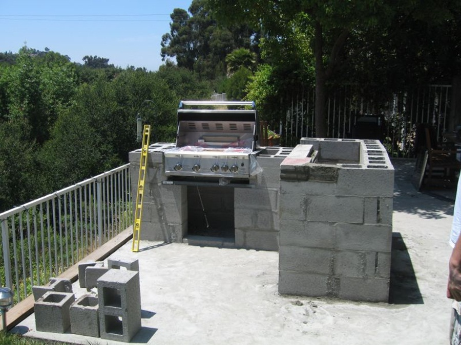 Cinder Block Outdoor Fireplace Ideas