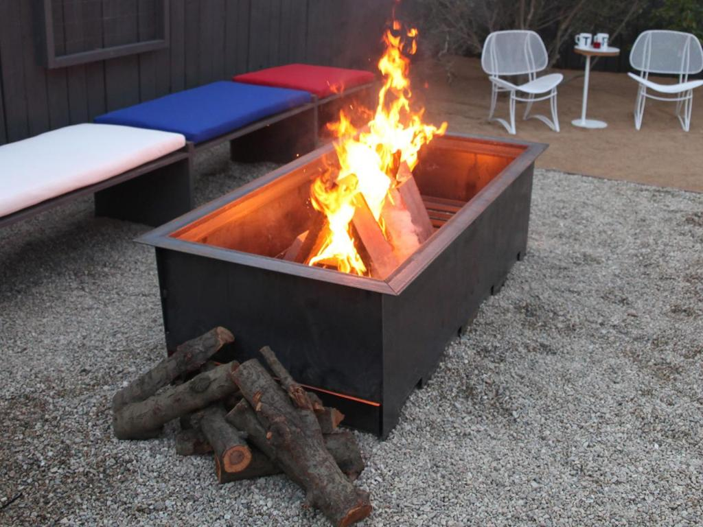 Outdoor Fire Pit Seating Area Diameter