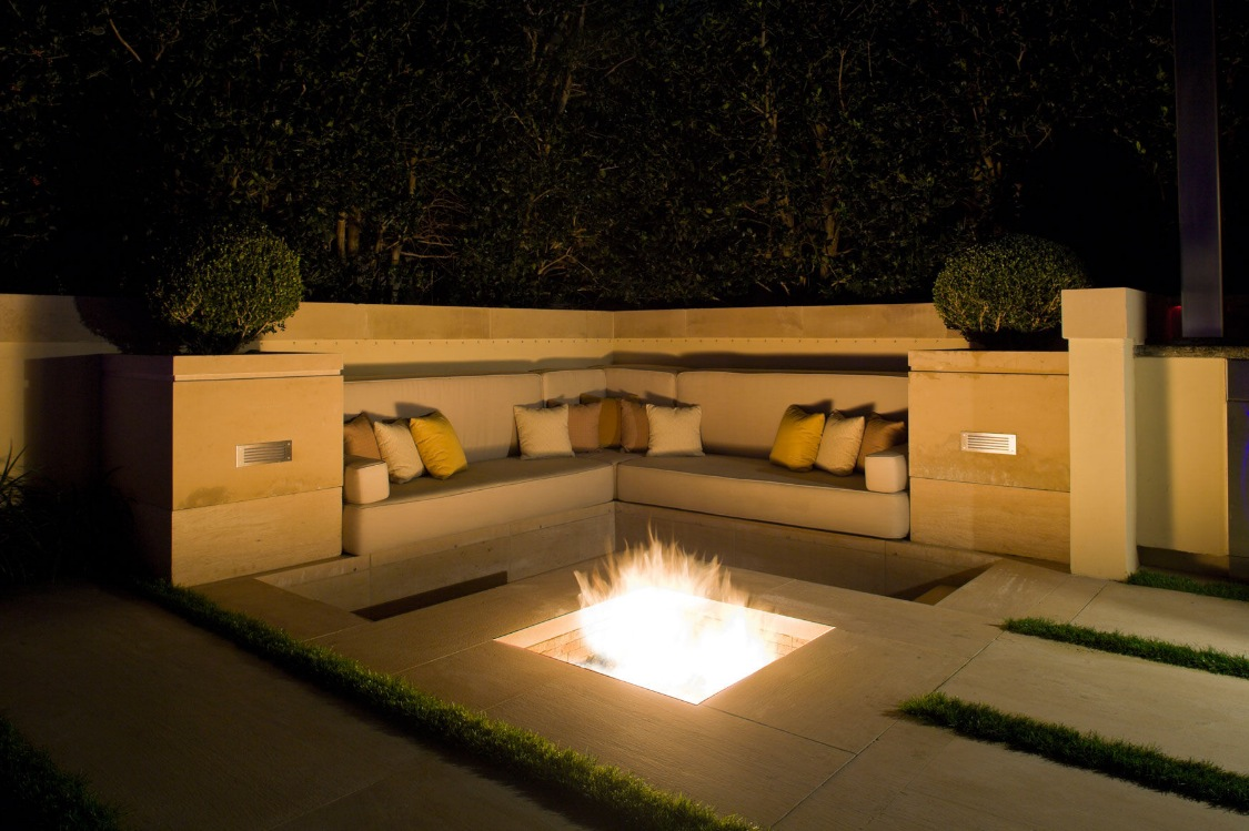 Outdoor Fire Pit Seating Designs