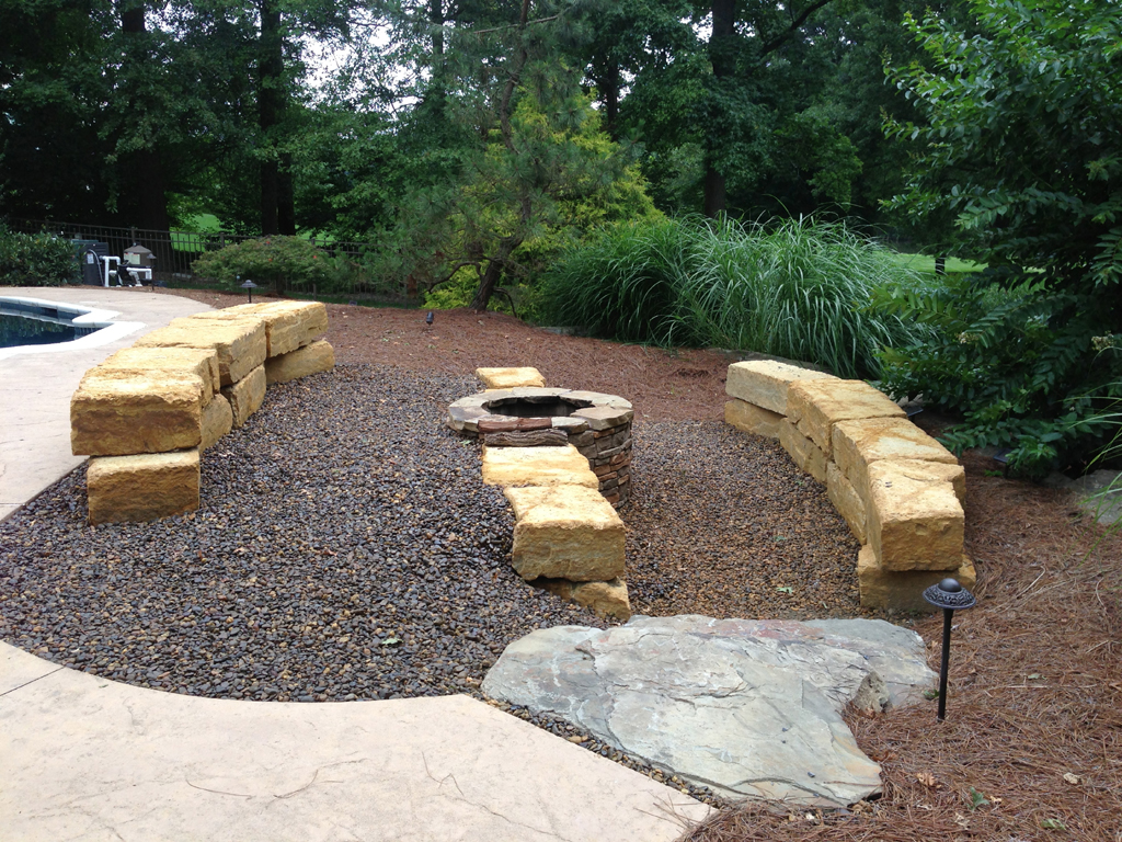 Outdoor Fire Pit Seating Plans