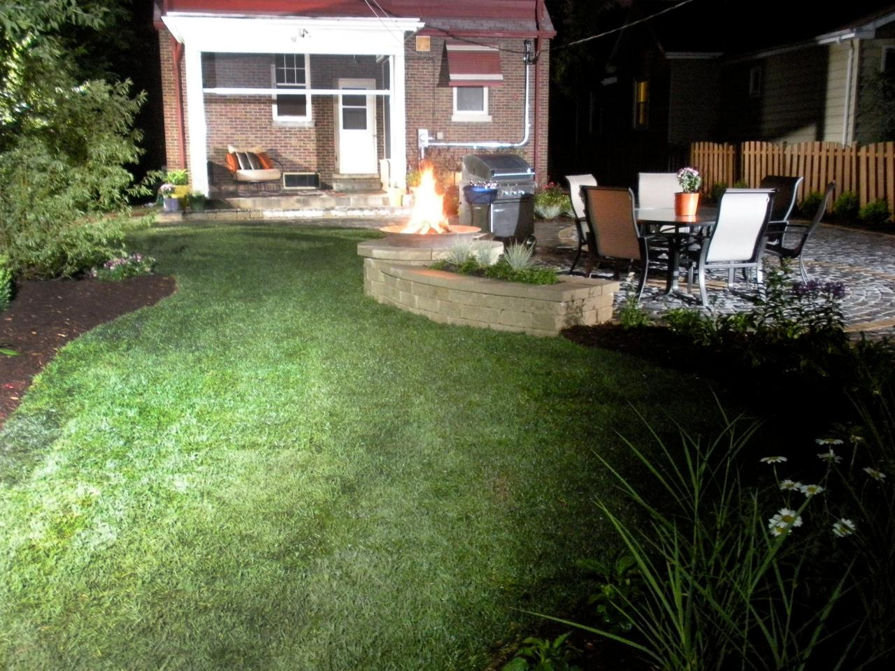 Outdoor patio fire pit designs