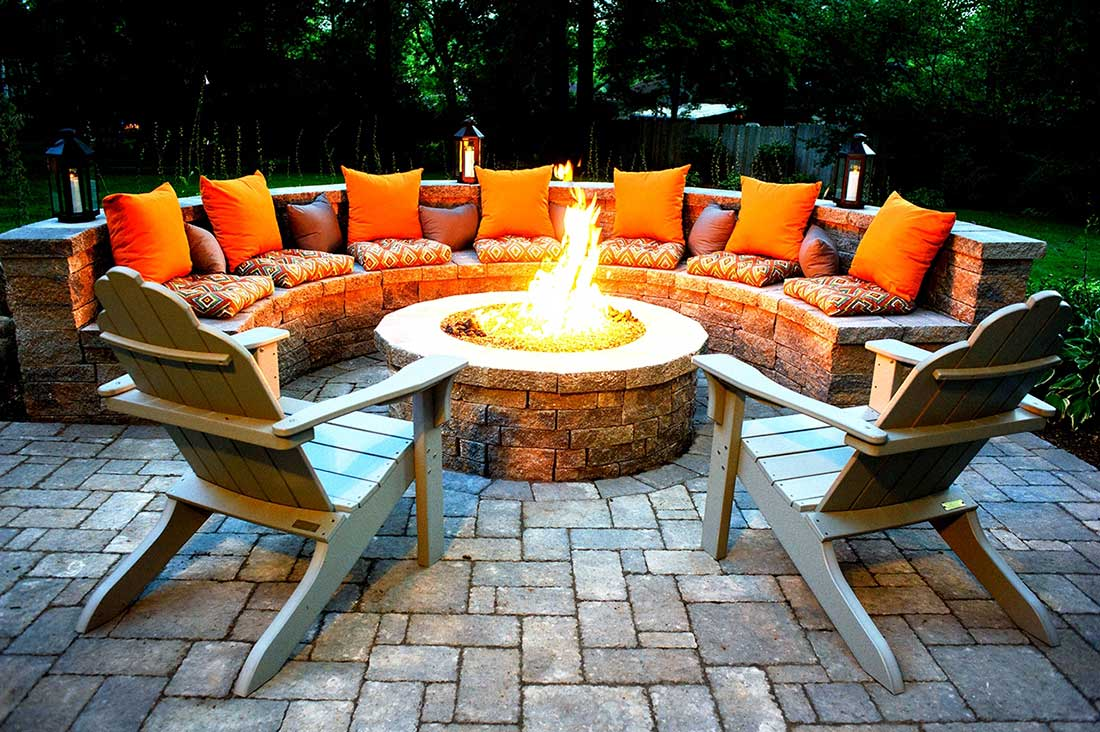 ... Perfect Outdoor Fire Pits Ideas ...
