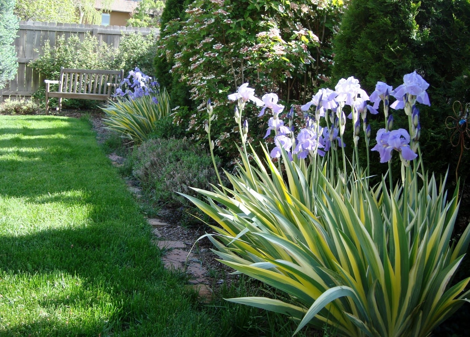 Famous Flower Bed Borders