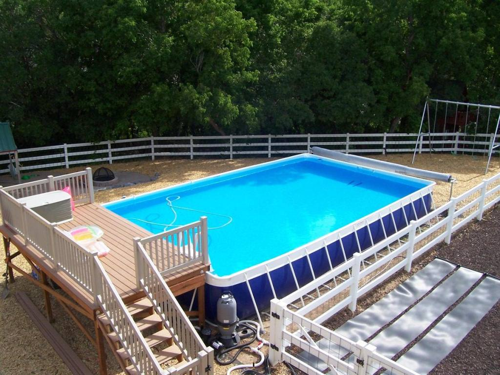 Above Ground Swimming Pool Steps Borders Rickyhil Outdoor Ideas