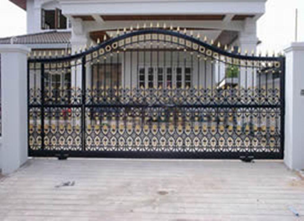 Aluminum Driveway Gates With A Gate