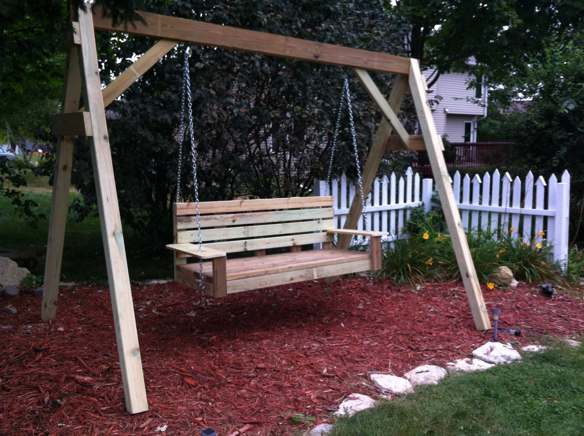 Building A Porch Swing For Yard