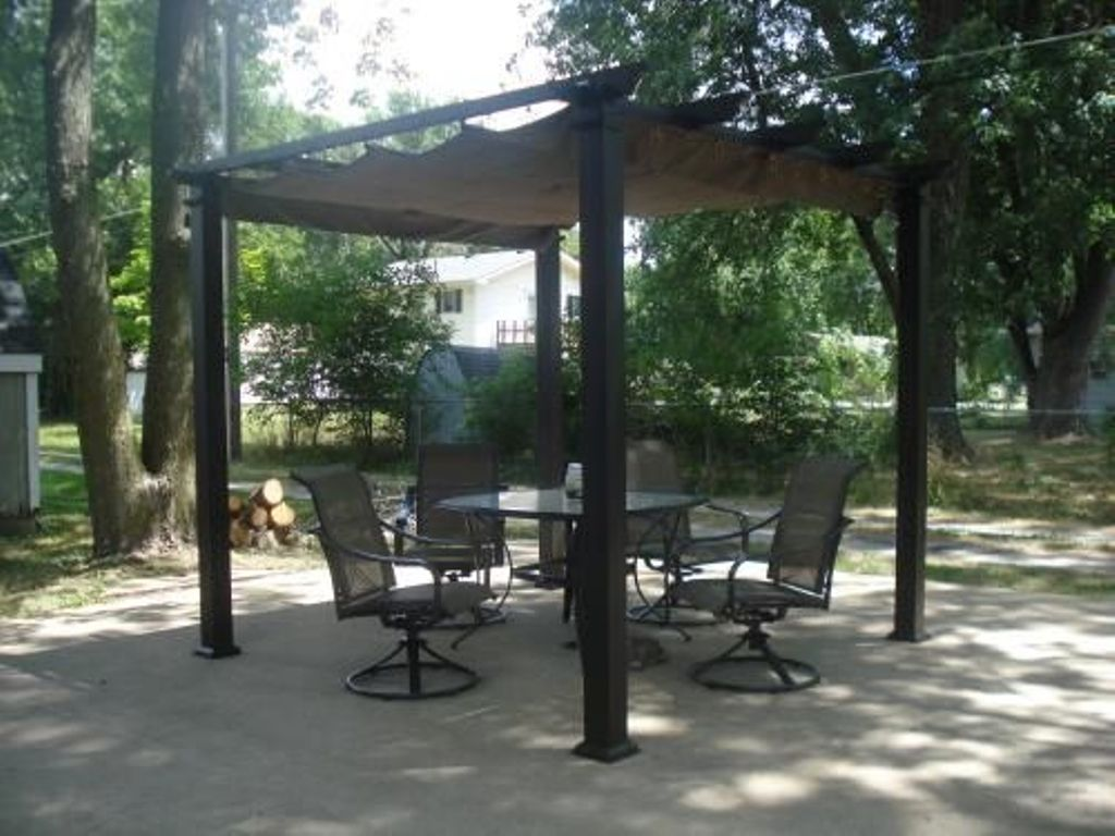 Hampton Bay Pergola Ideas