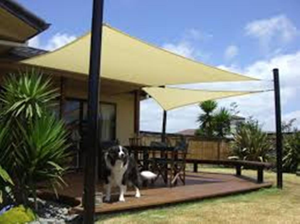 Outdoor Patio Canopy Bed
