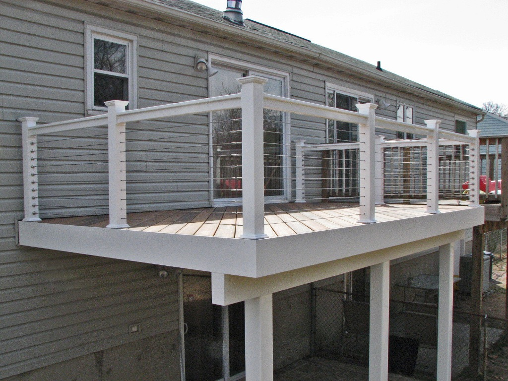 Stainlees Deck Cable Railing Systems