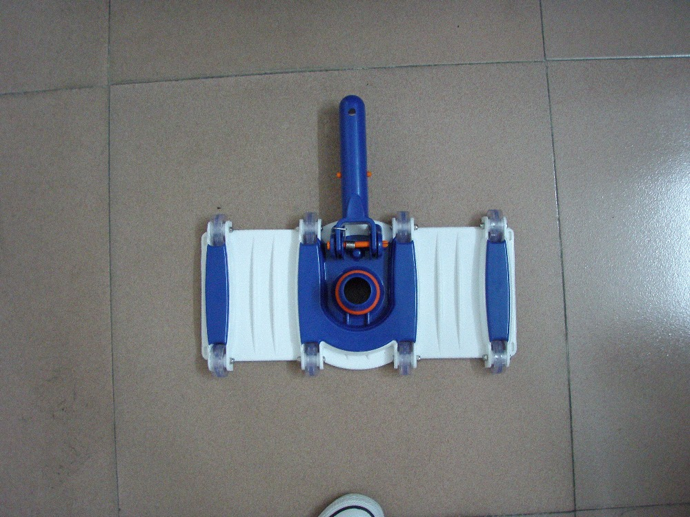 Swimming Pool Vacuum Head Photo