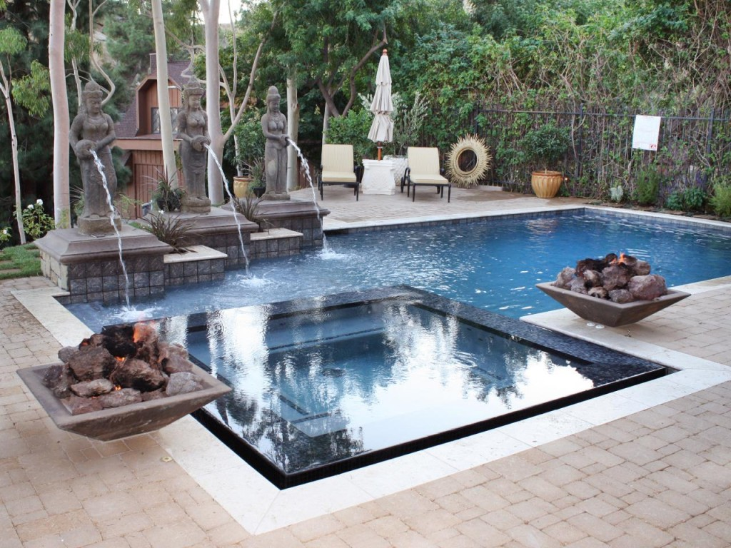 Swimming Pool Fountains Installation