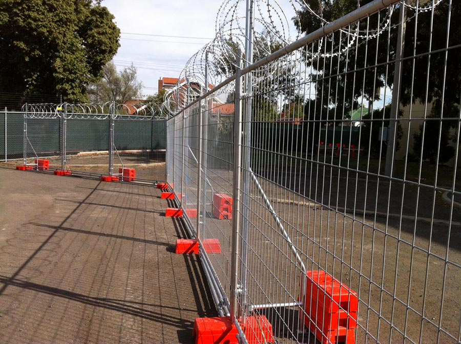 Temporary Fence Panels With Chain
