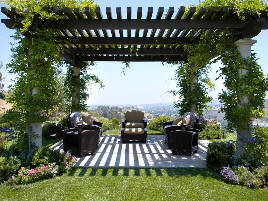 Allen Roth Garden Treasures Pergola